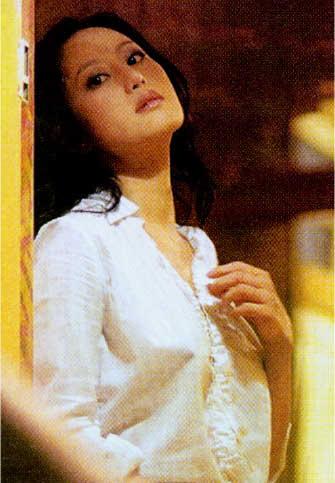 hot-teresa-cheung-nude-scene-young